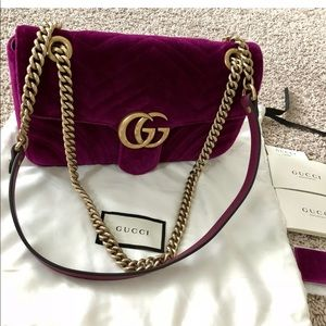GUCCI $1980 Medium GG Marmont bag 100%authentic